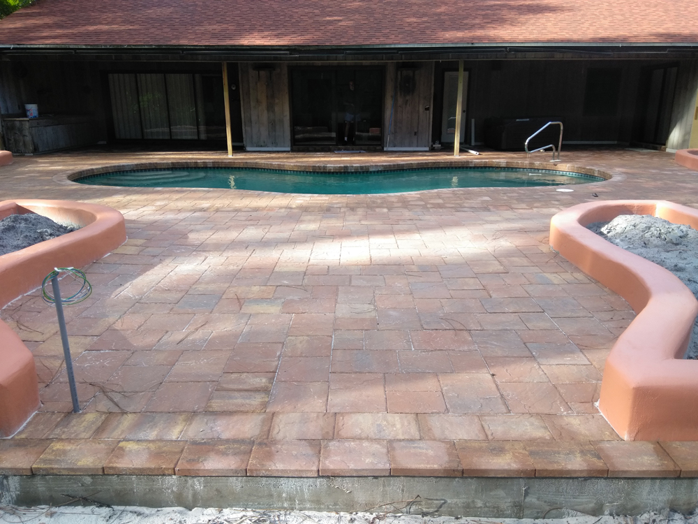 concrete-base-pavers-curbing.jpg
