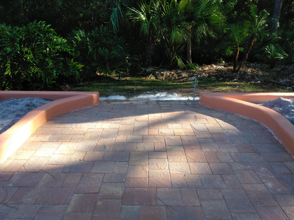patio-design-pavers.jpg