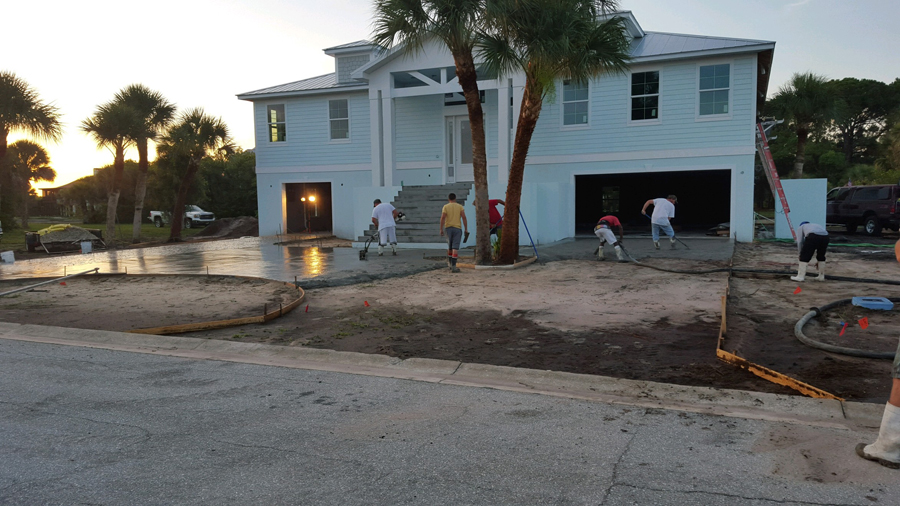 Concrete Contractors pouring concrete flatwork in Placida, FL